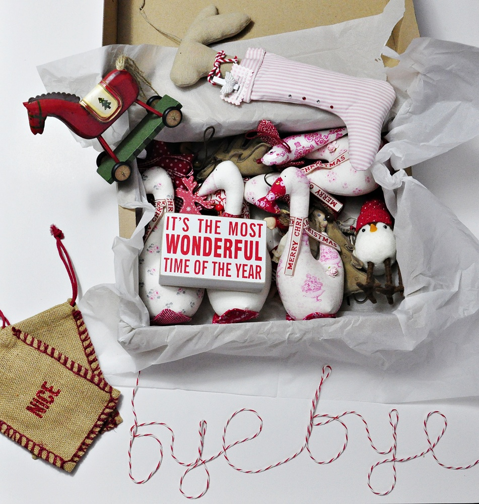 Ozdoby świąteczne – pakowanie,  czyli (bardzo) pracowita sobota