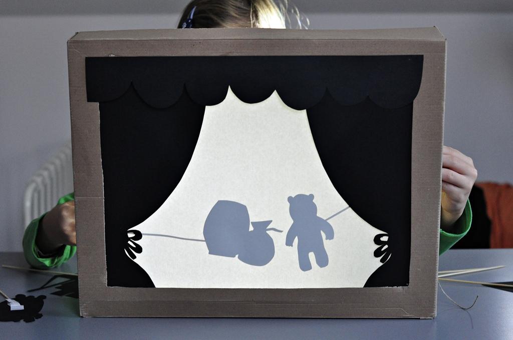 domowy teatrzyk cieni