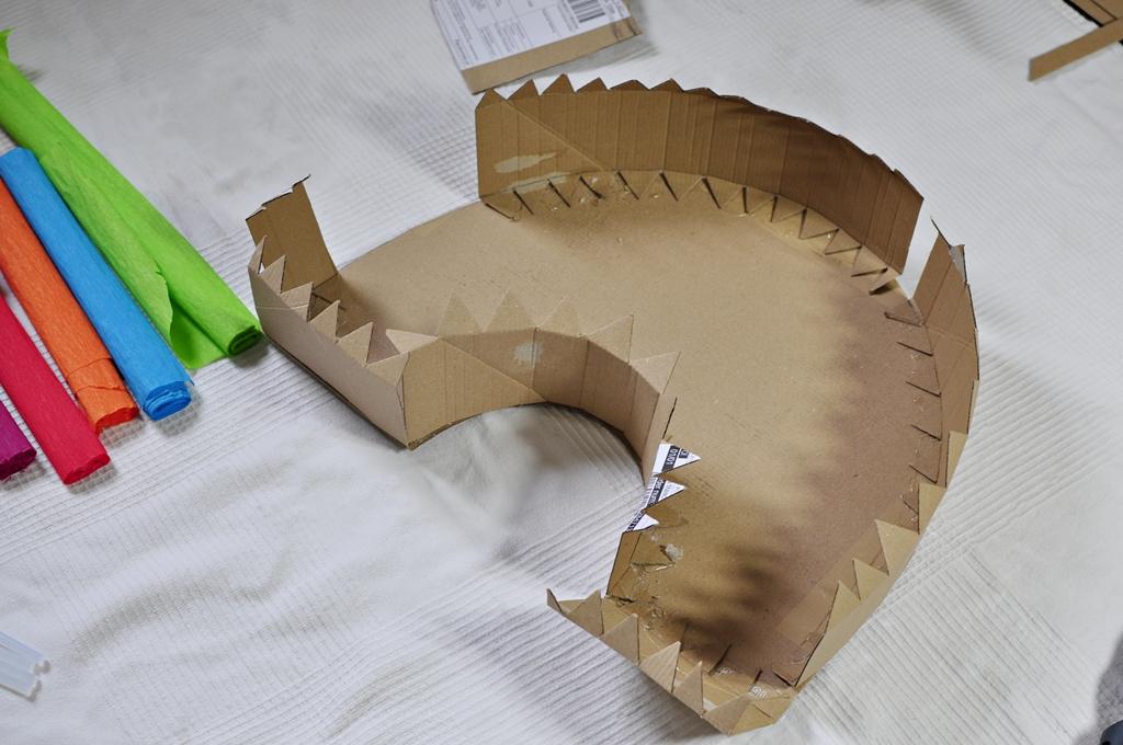 jak zrobić szkielet piniaty z kartonu