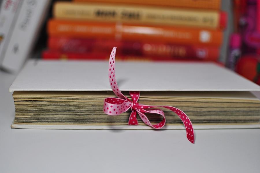 ozdoby do pokoju dziecięcego do samodzielnego zrobienia ze starej książki