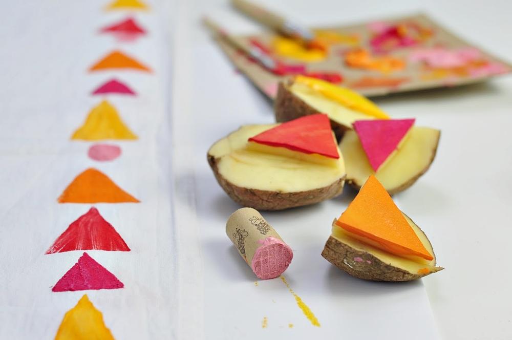 Pieczątki z ziemniaka – z serii zabawy dla dzieci