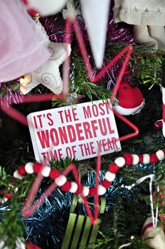 tabliczka ze świątecznym napisem