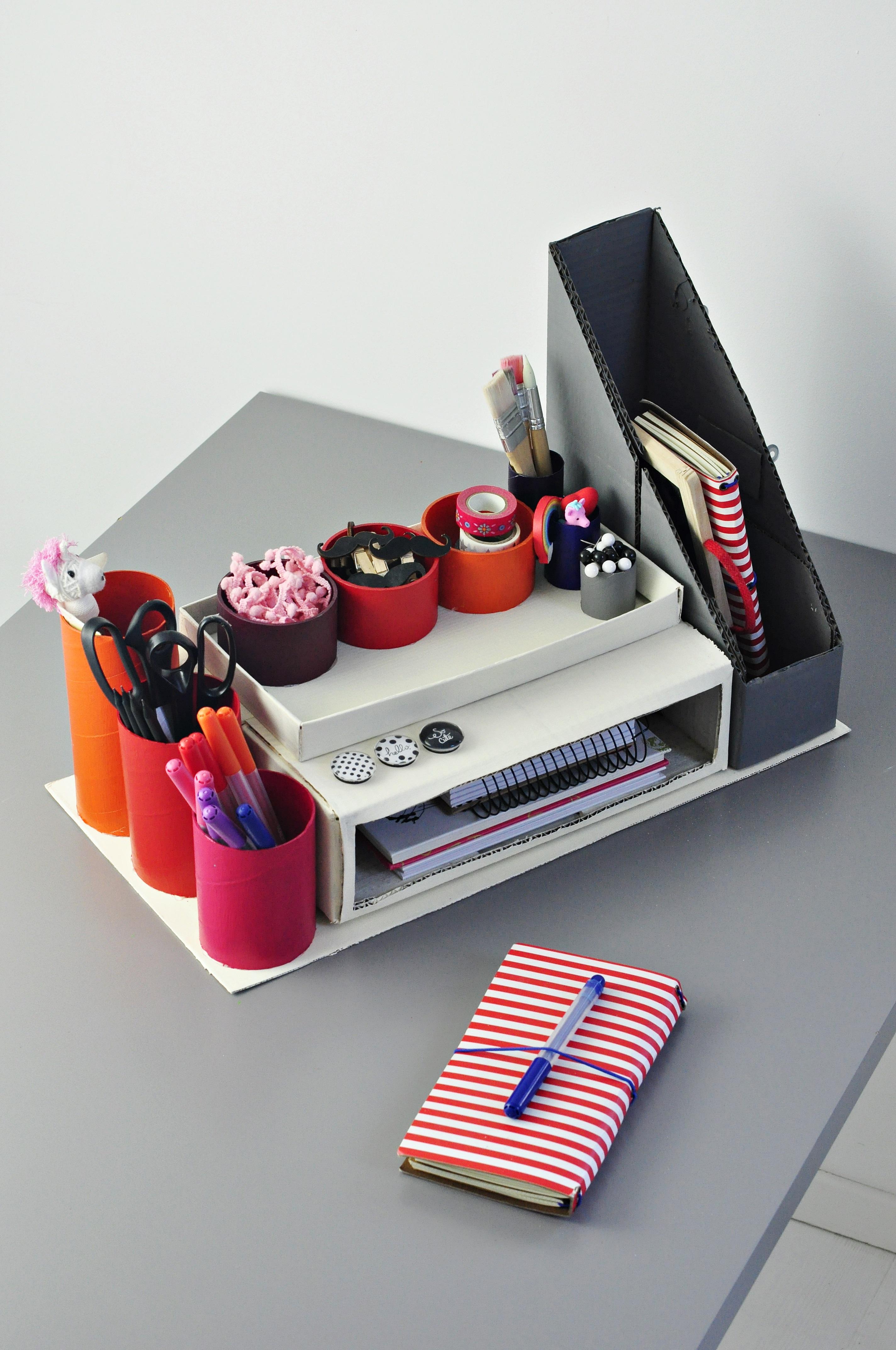 organizer na biurko z szufladami